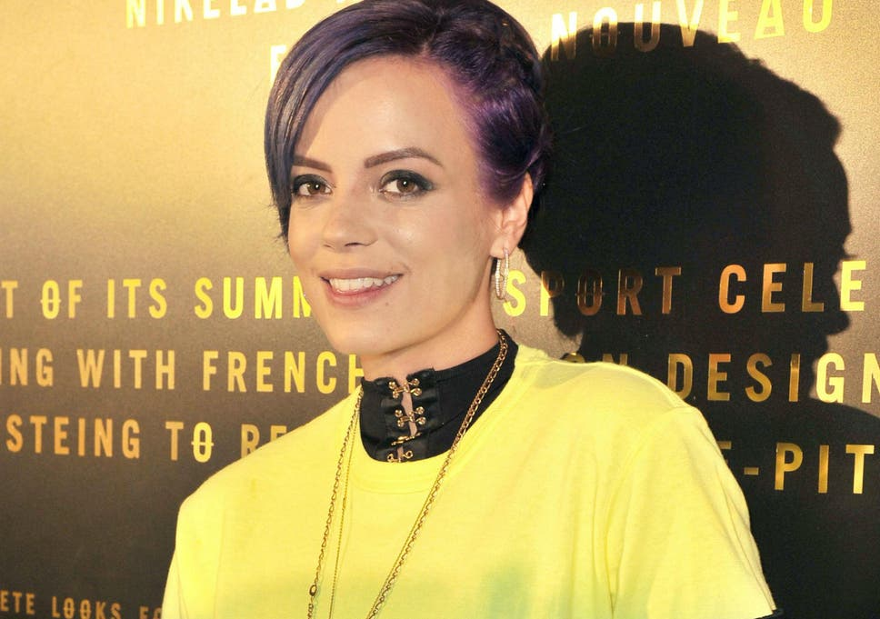 c2444436f70 Lily Allen gives up Twitter account after she is taunted over stillbirth of  her son