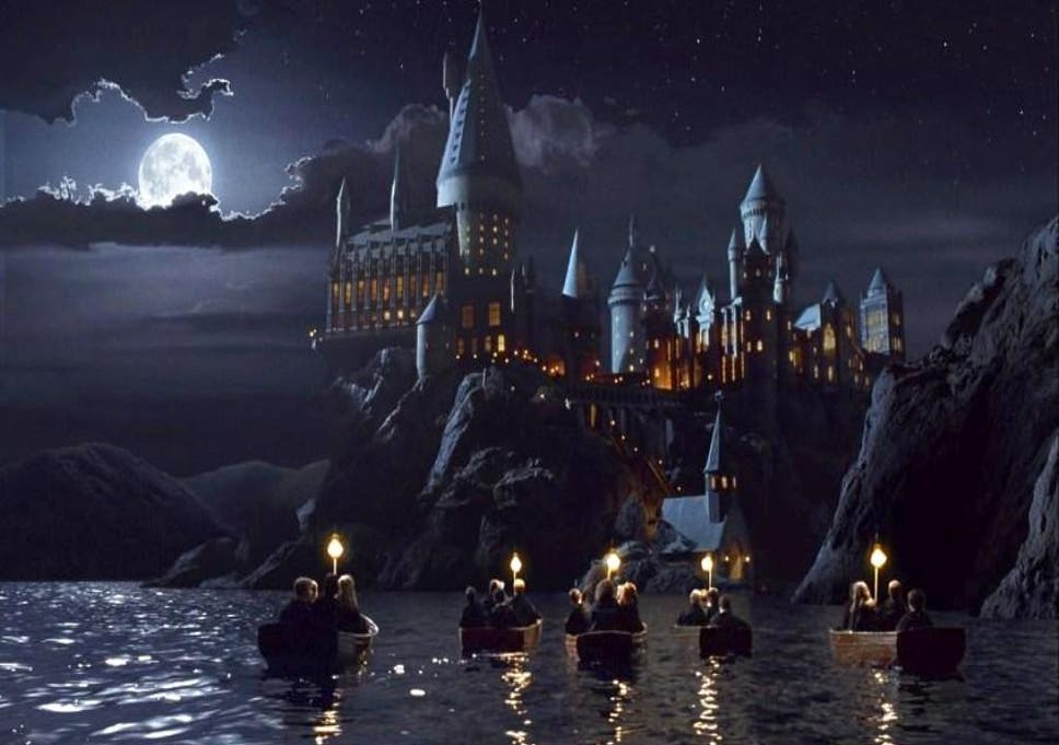 「Hogwarts School of Witchcraft and Wizardry」的圖片搜尋結果