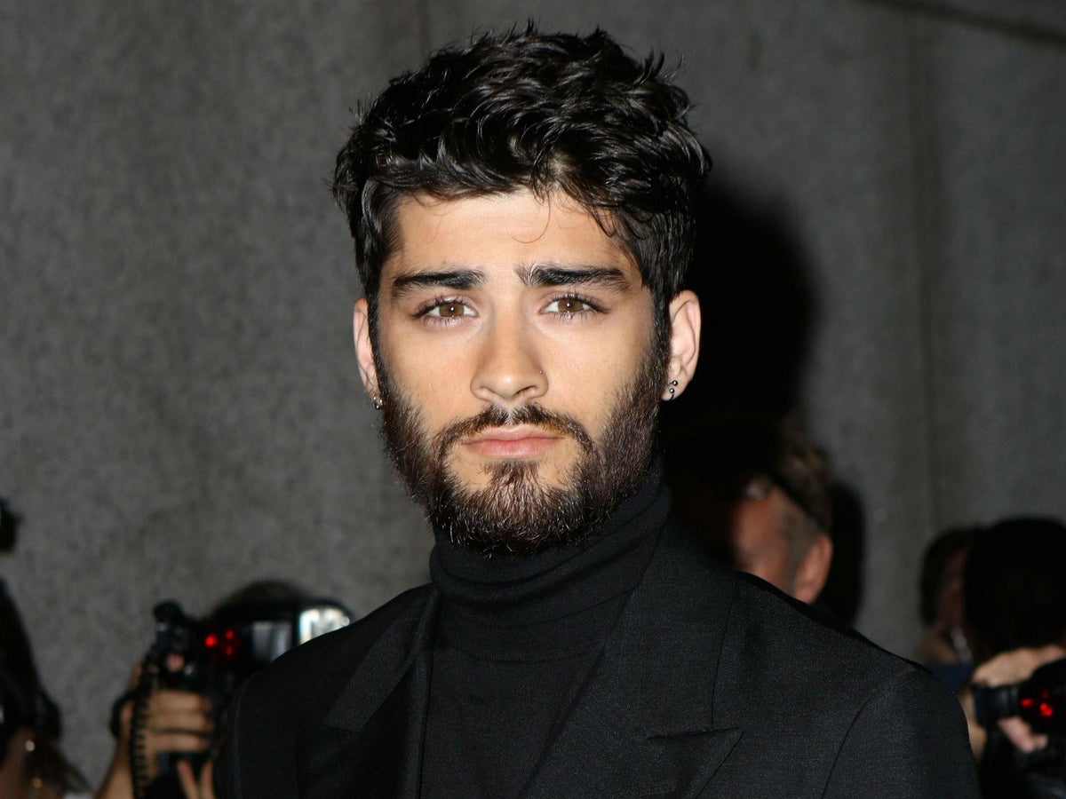 Zayn Malik Interrogated For Three Hours At Us Airport Because His Name Was Flagged Up On The System The Independent The Independent