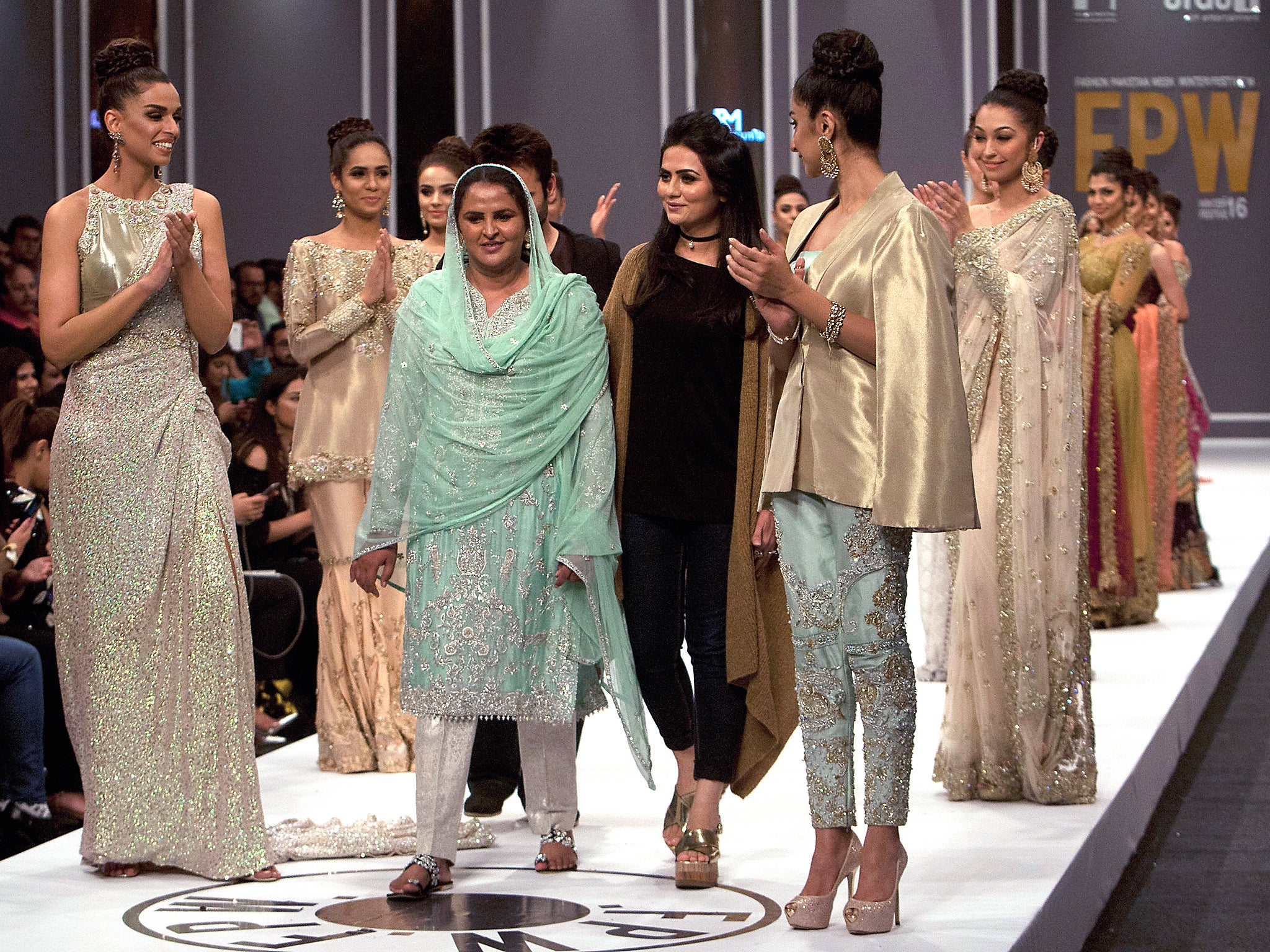 Woman Who Was Gang Raped Takes To Catwalk At Pakistan Fashion Week The Independent The Independent