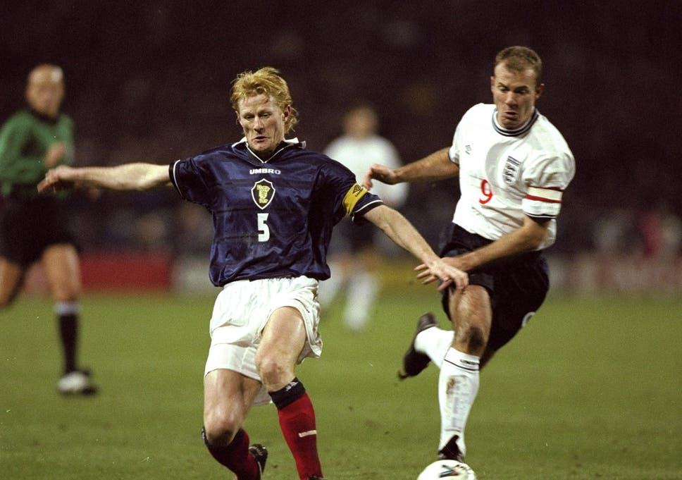 5603f81a3 Colin Hendry and Allan Shearer pictured in 1999, with neither kit  displaying a poppy