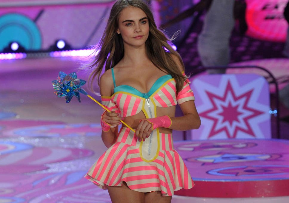 611a6e6c66 Cara Delevingne debunks Sun story on her being dropped by Victoria s Secret  for being  bloated