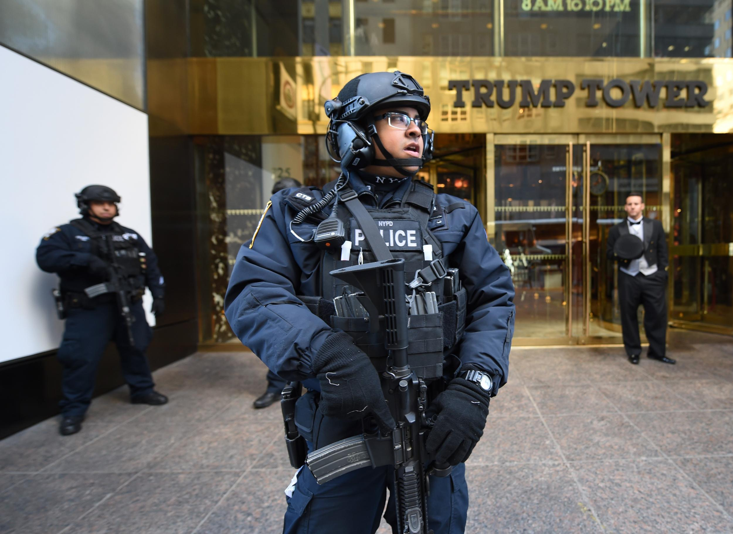 news politics petition melania trump move white house tower security