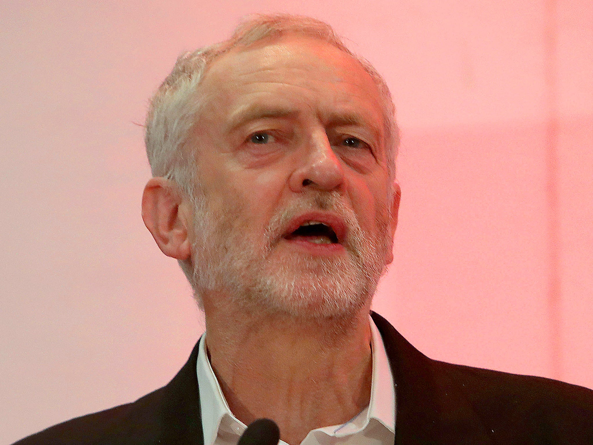 Jeremy corbyn hails fidel castro as a champion of social justice the independent