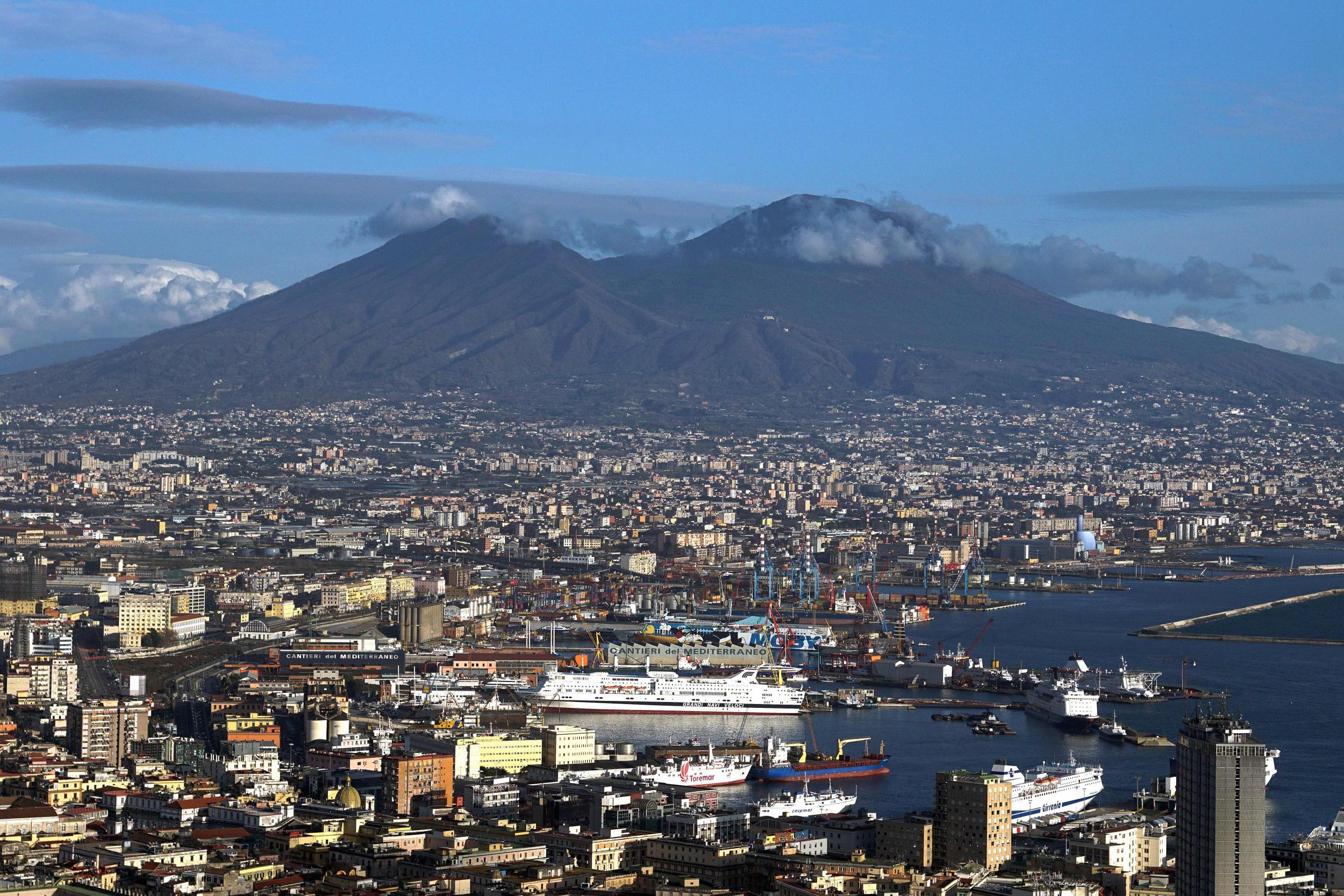 'Very dangerous' supervolcano under Naples showing signs of reawakening