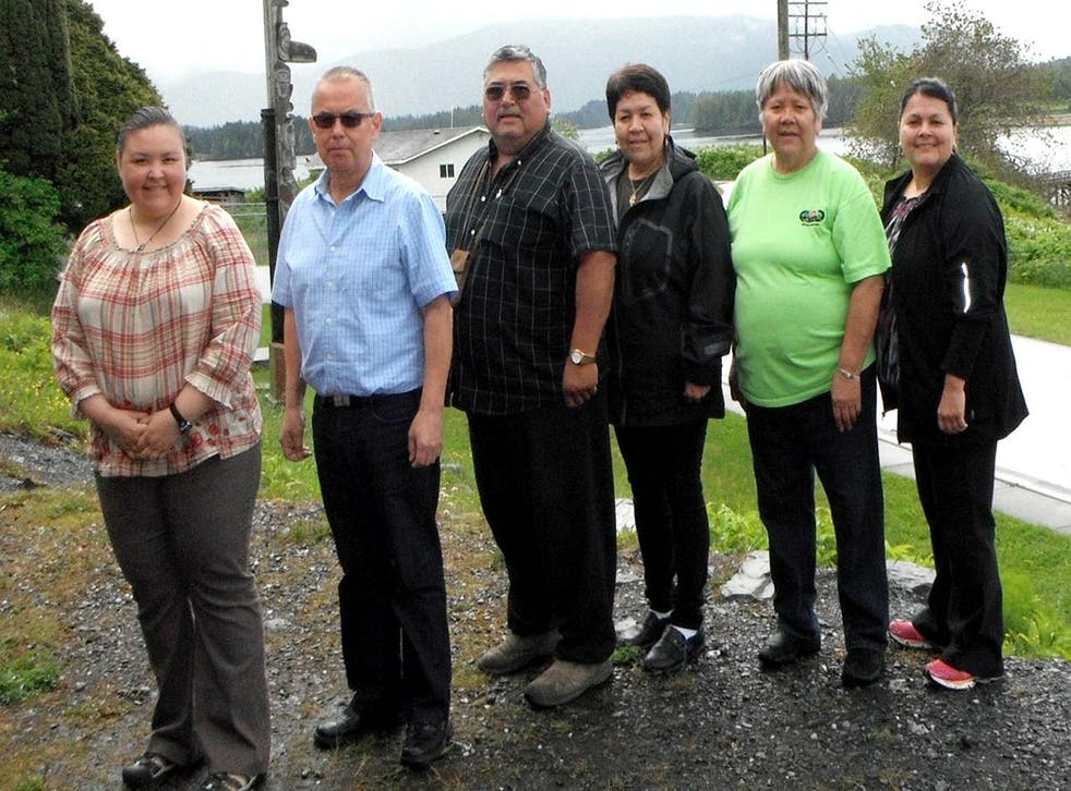 From left, Barbara Petzelt, Harold Leighton, Bill Pahl, Wendy Pahl, Yvonne Ryan and Joycelynn Mitchell, collaborated with an international team of researchers on a genetic study of First Nations peoples