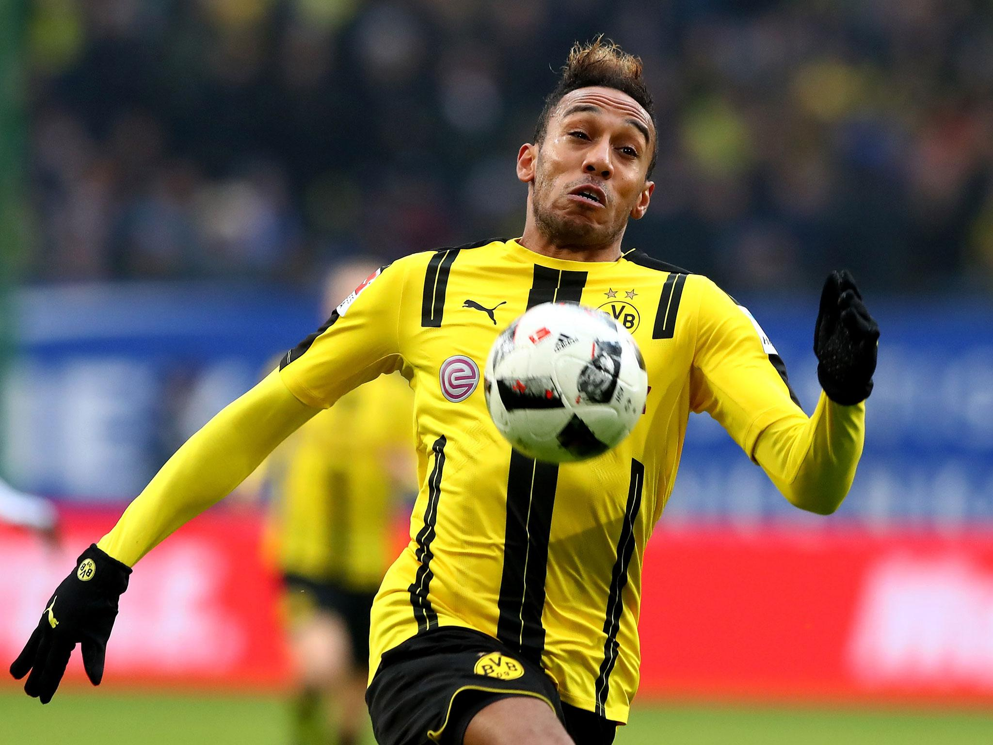 Pierre Emerick Aubameyang admits he wants summer transfer with