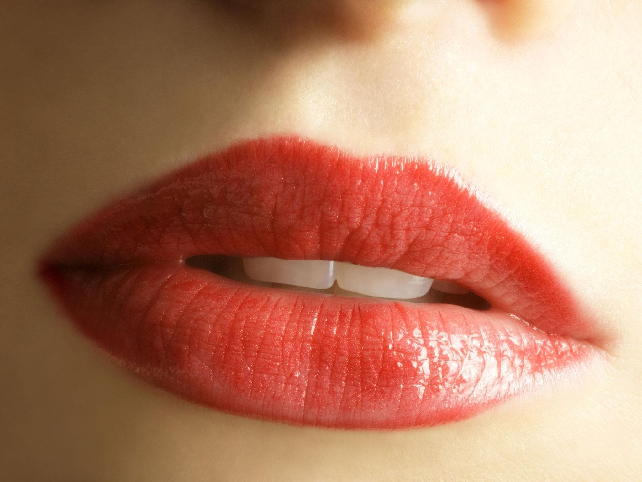 7 Best Lip Plumping Products The Independent