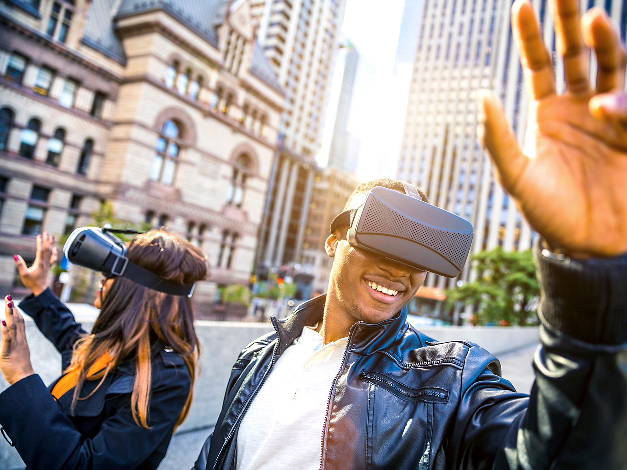 Virtual reality 'to replace high street shopping by 2050'