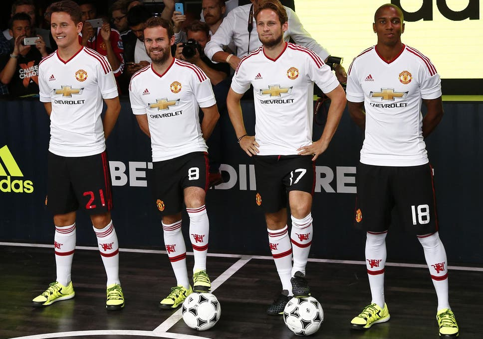 938e7dfd1 Manchester United news  Failure to qualify for Champions League will see  club face Adidas sponsorship penalty