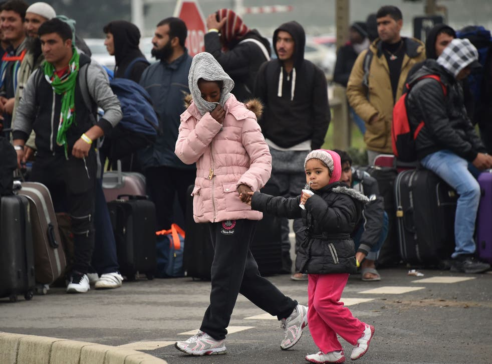 Up to 400 unaccompanied minors are reportedly arriving in Calais each week