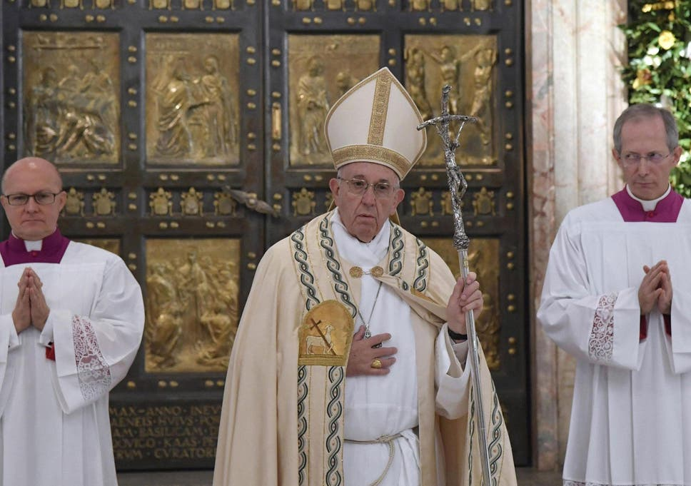 A Plea For Traditional And >> Pope Francis Christmas Message A Plea For Peace In World