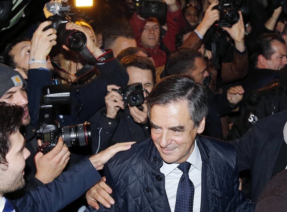 French presidential hopeful François Fillon faces inquiry over payments to his wife