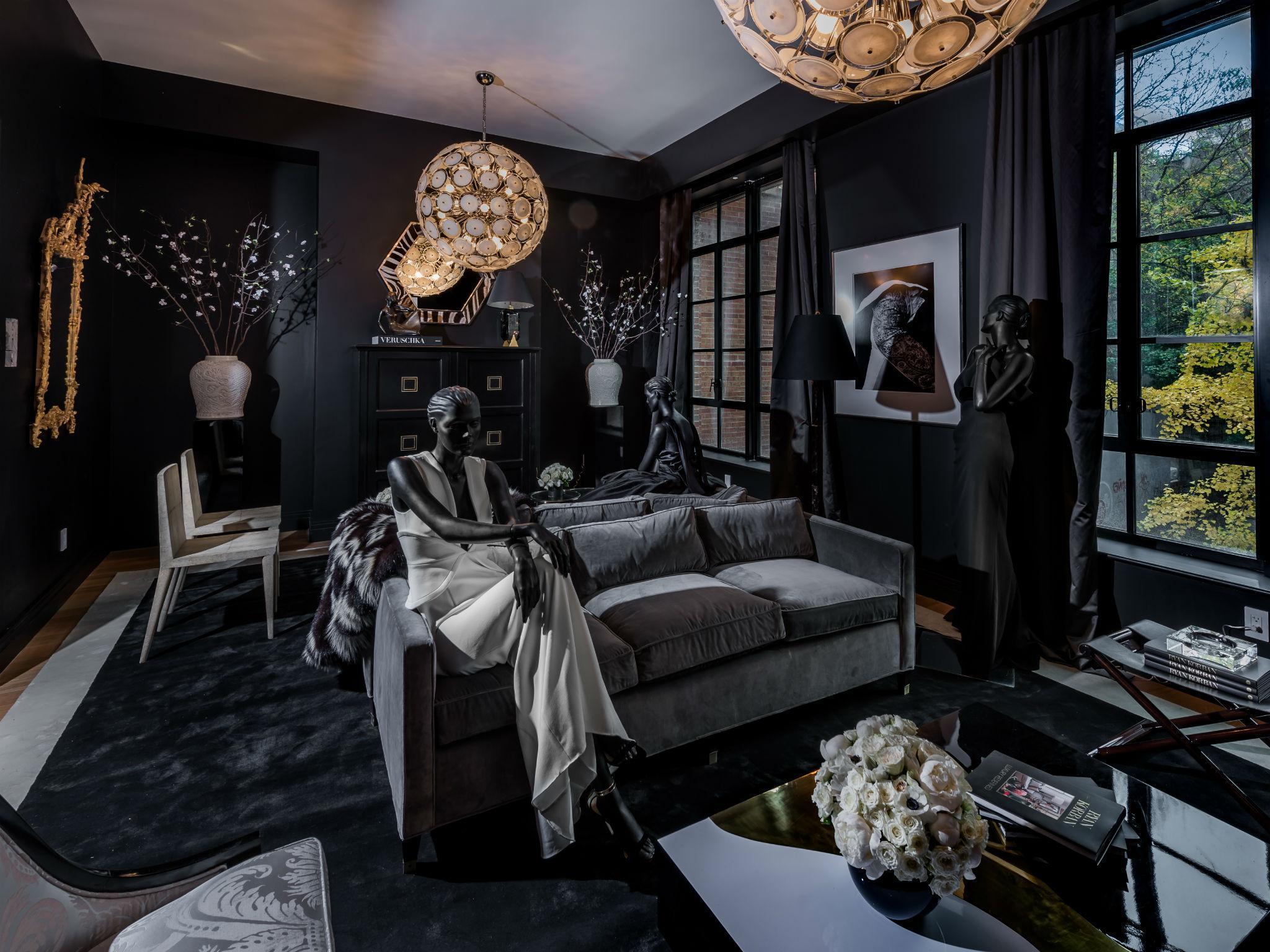 Taking A Tour Round Manhattan Town House That Costs 20 Million Inside Flats Joyce Pink Ryan Korbans Living Room Silvermans Themed Garden
