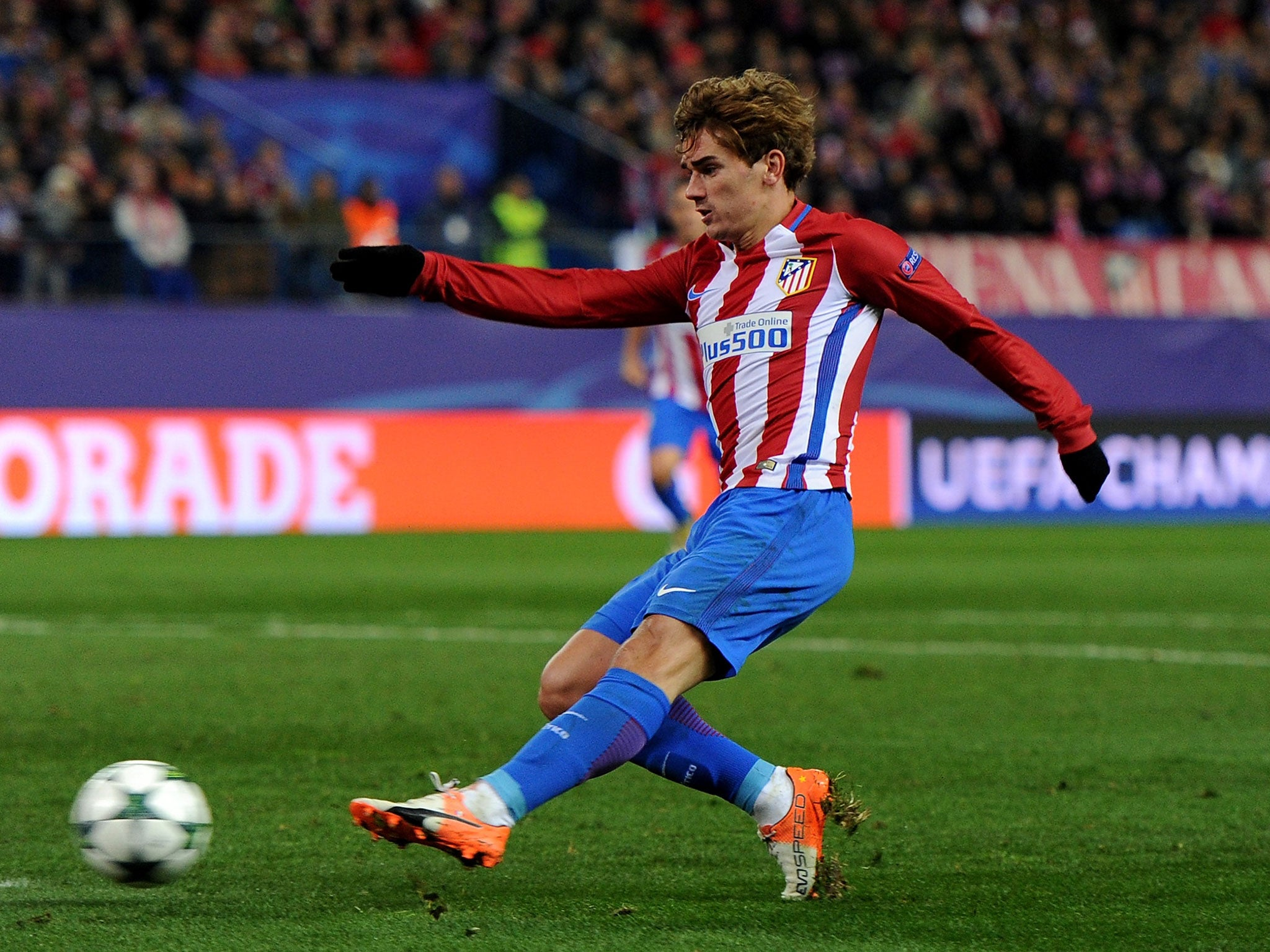 Manchester United transfer news: Antoine Griezmann says he ...