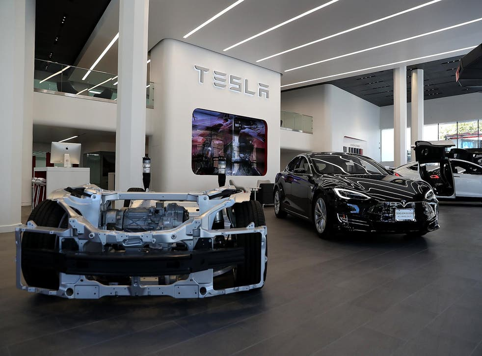 The update temporarily unlocked the full-battery potential for 75-kilowatt-hour Model S sedans and Model X SUVs, adding around 30 to 40 miles to their range