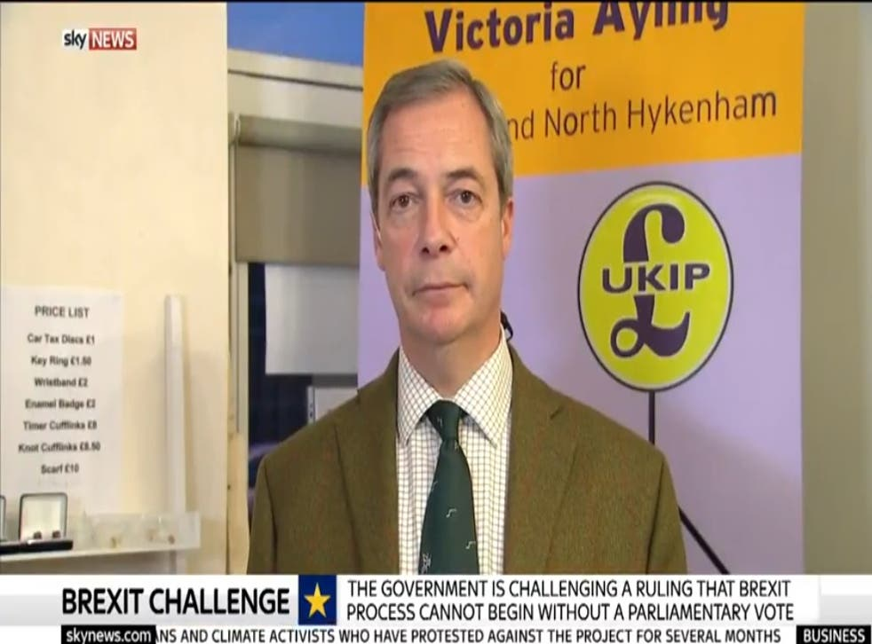 Nigel Farage campaigning in Sleaford and North Hykeham - without an 'n'