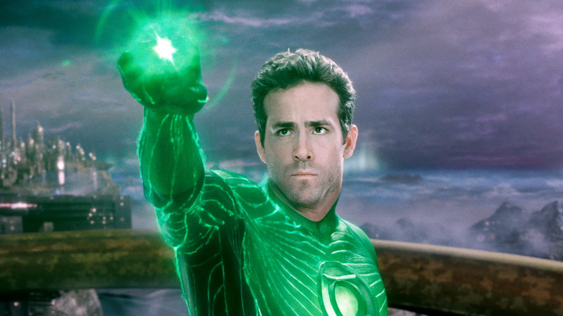 Ryan Reynolds says he was 'unhirable' after Green Lantern