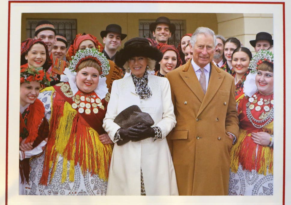 Prince Charles and Camilla unveil 2016 Christmas card featuring ...