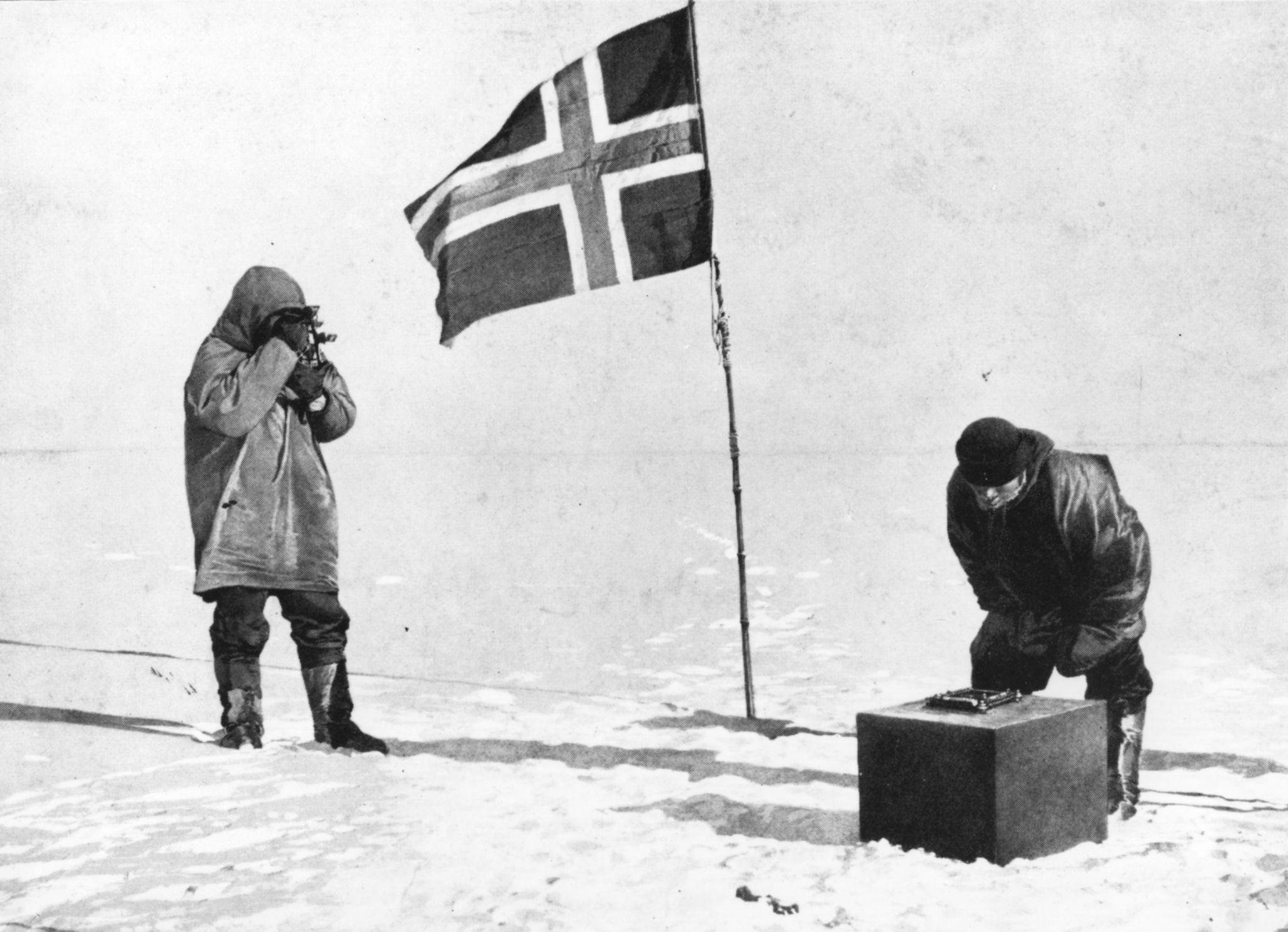 Norwegian traveler Roald Amundsen - that he discovered the Conquest of the South Pole 63