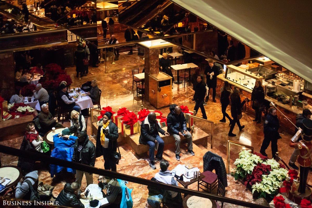 We ate at the Trump Grill restaurant that Vanity Fair destroyed — here's what happened