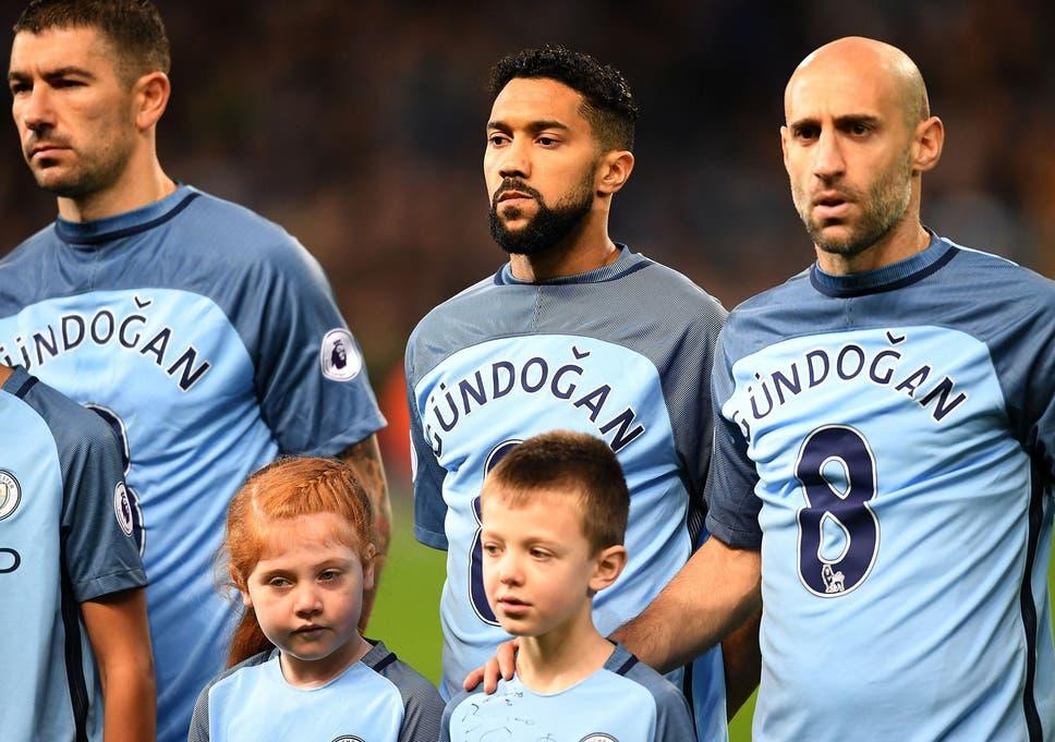 watch 99b02 bd7e2 Manchester City vs Arsenal: Ilkay Gundogan tribute mocked as ...