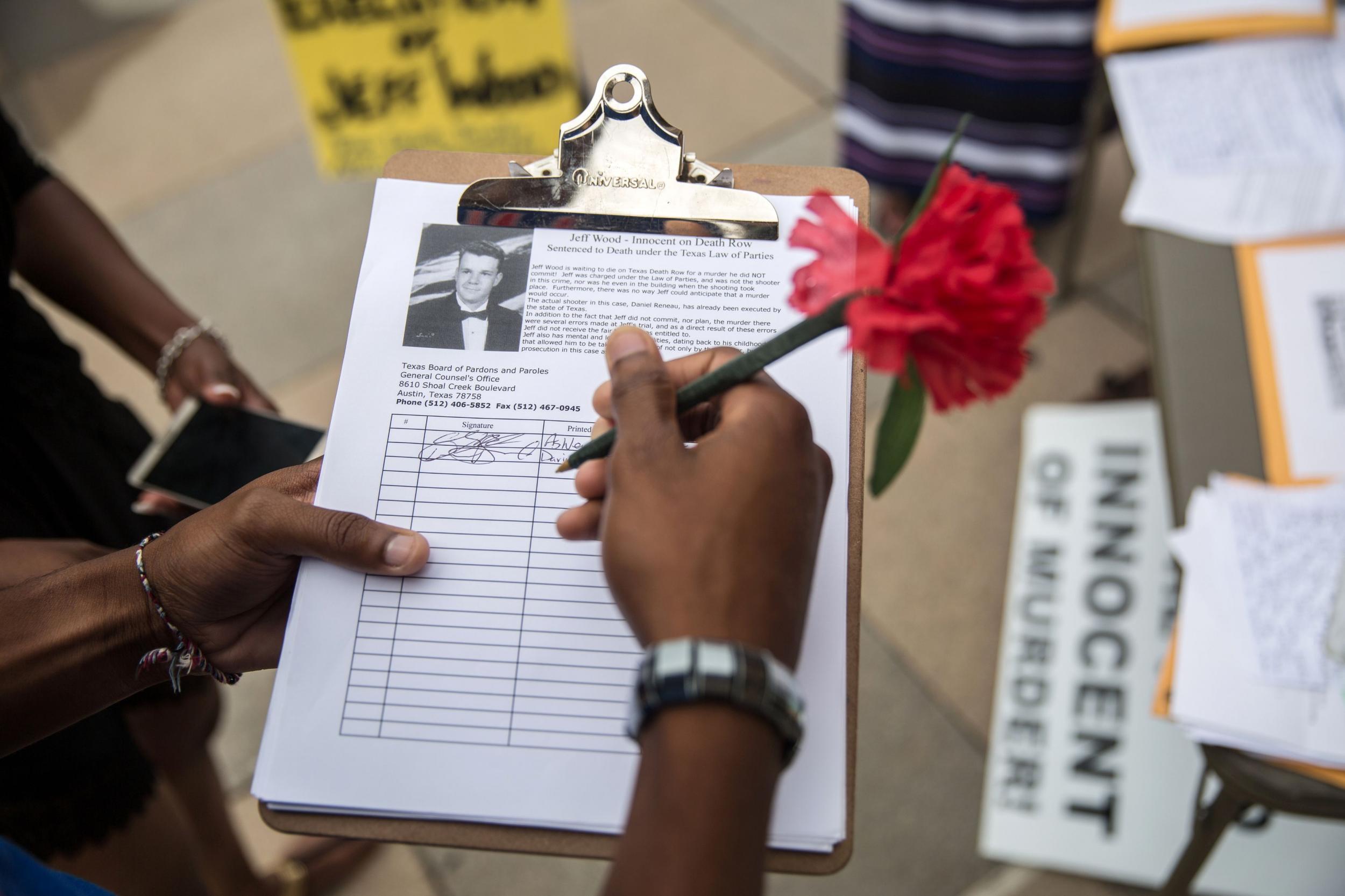 US votes against UN resolution condemning gay sex death