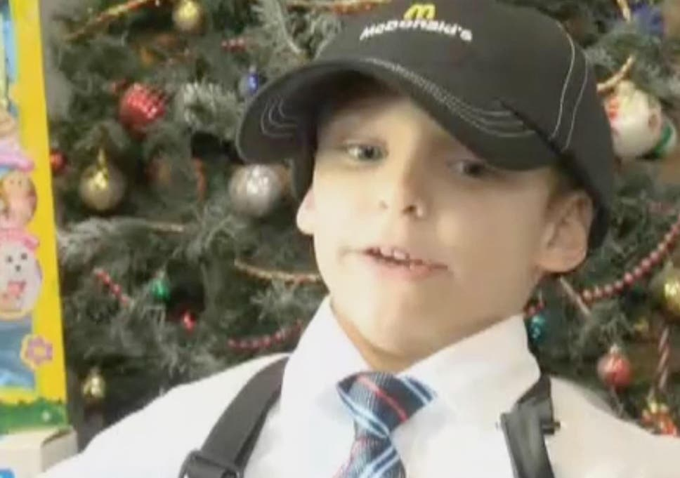 Christmas Presents For 7 Year Old Boy.7 Year Old Boy Gets Honorary Mcdonald S Job To Buy Gifts