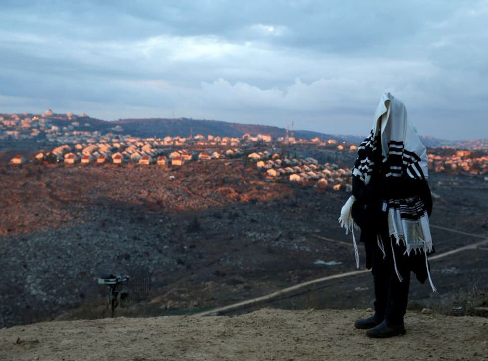 Benjamin Netanyahu pledged to house Jewish families evicted from the illegal settlement of Amona