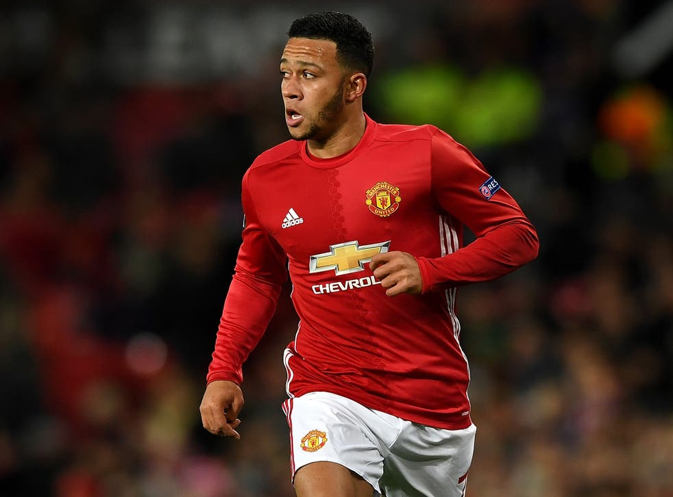 Depay isn't being used by Mourinho because he wants to leave