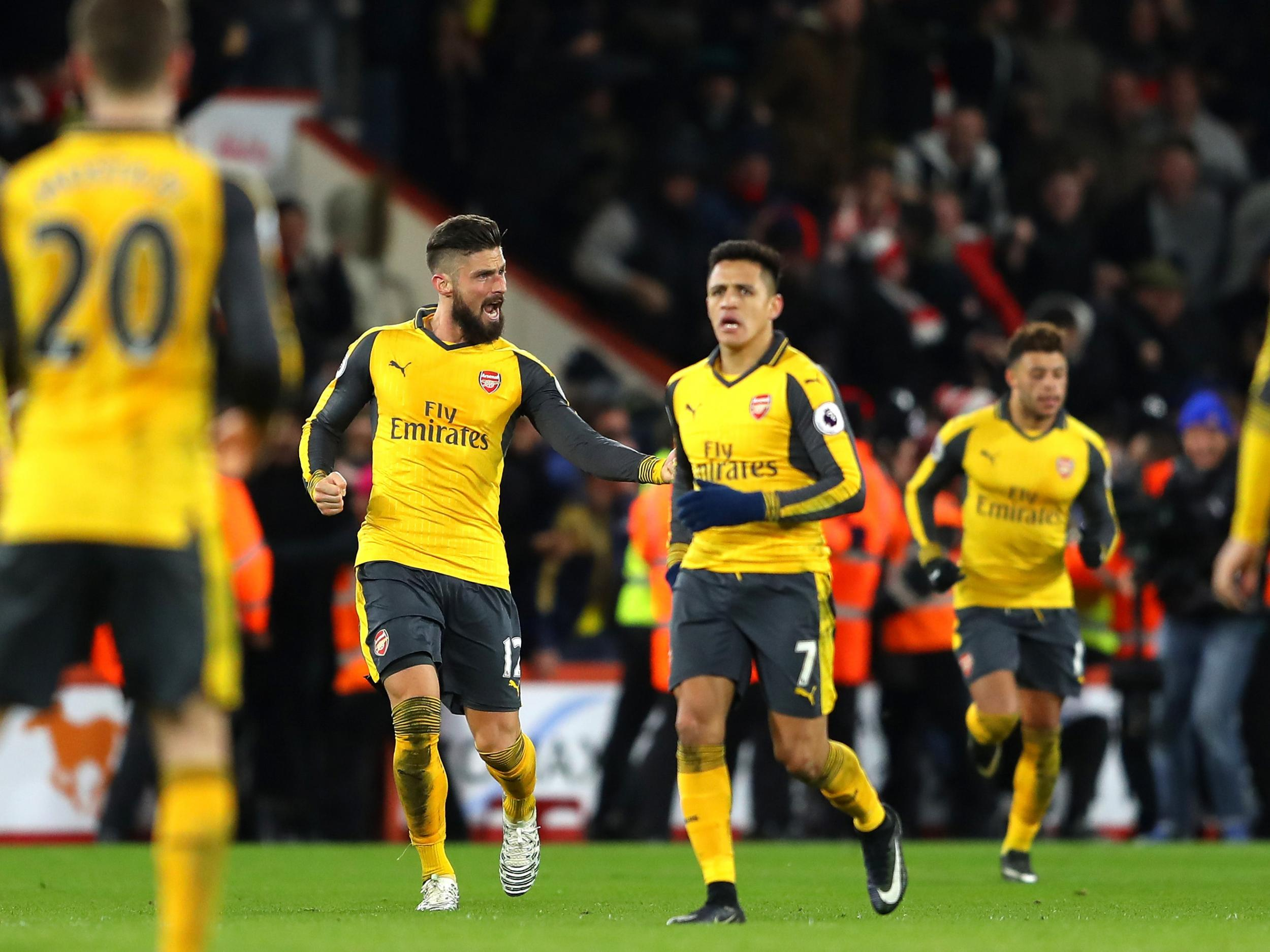 Arsenal transfer news: Alexis Sanchez sparks exit fears by refusing to speak to teammates after draw