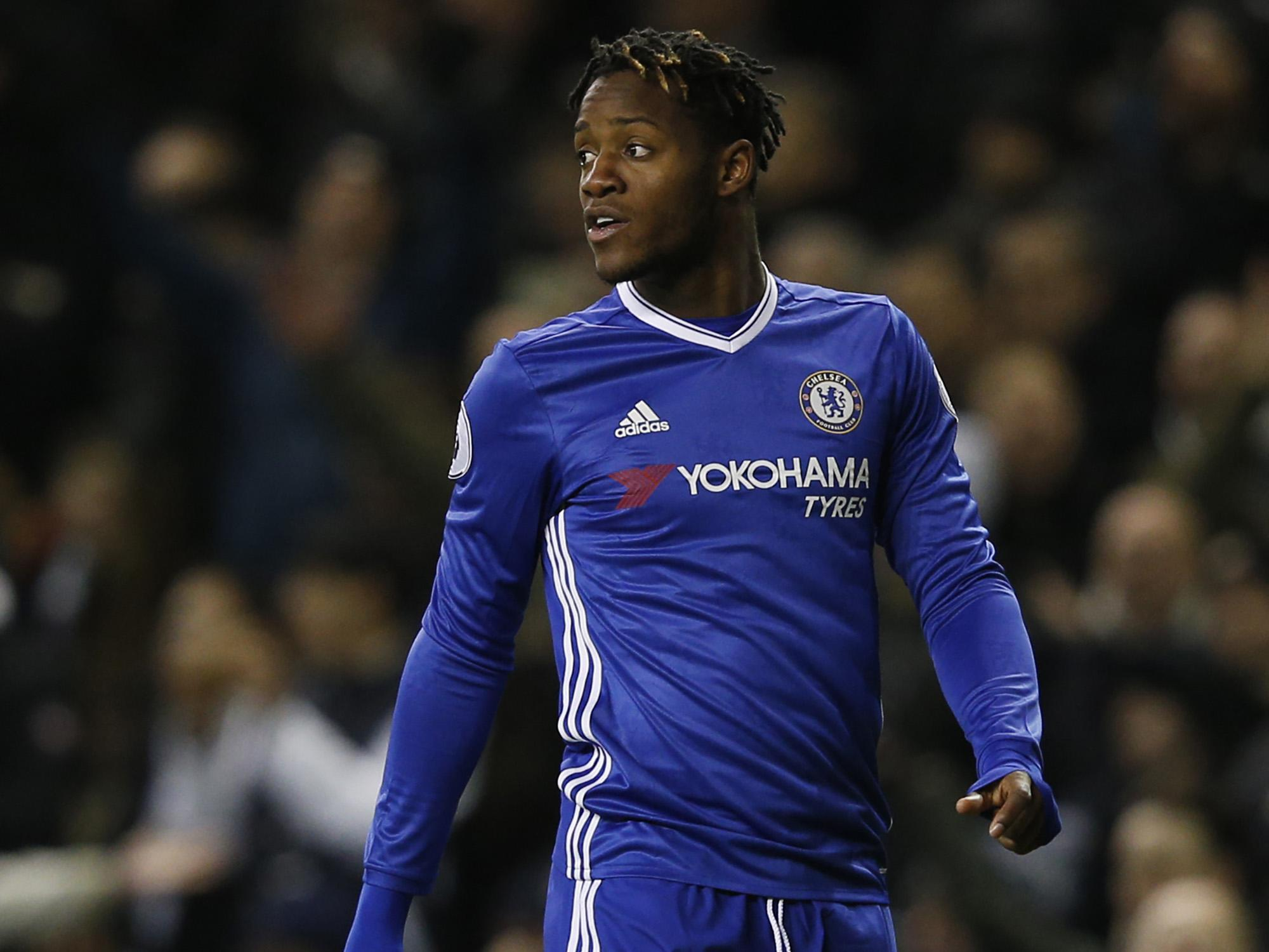 Michy Batshuayi told he must show he deserves to play for