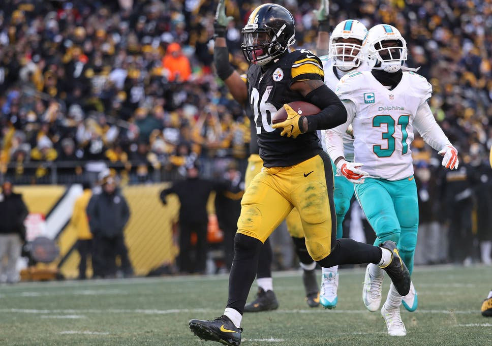 546c4c78e33 Le Veon Bell ran in two touchdowns as he broke the Pittburgh record for the