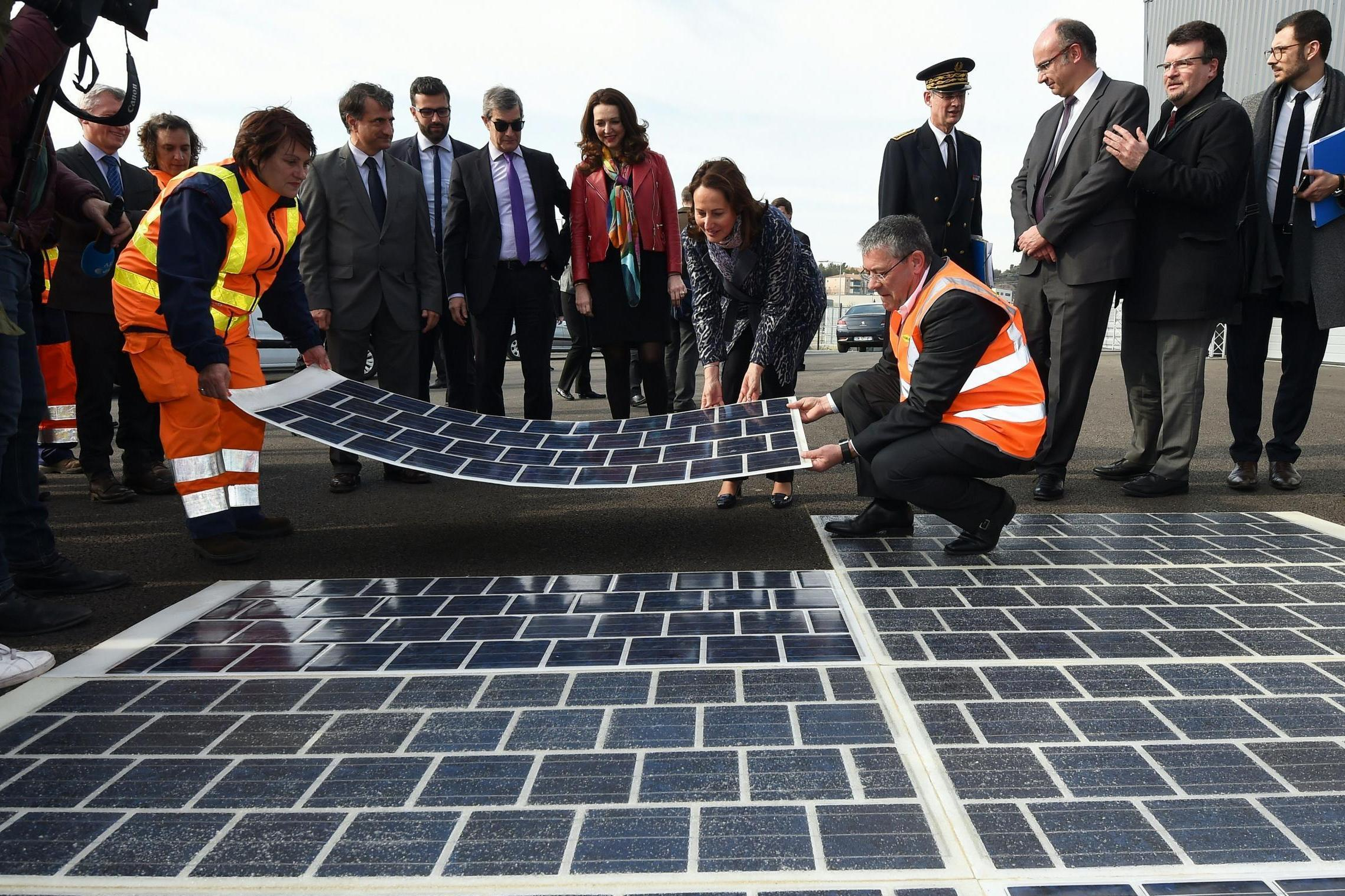 France Officially Opened The First Solar Power Road In The