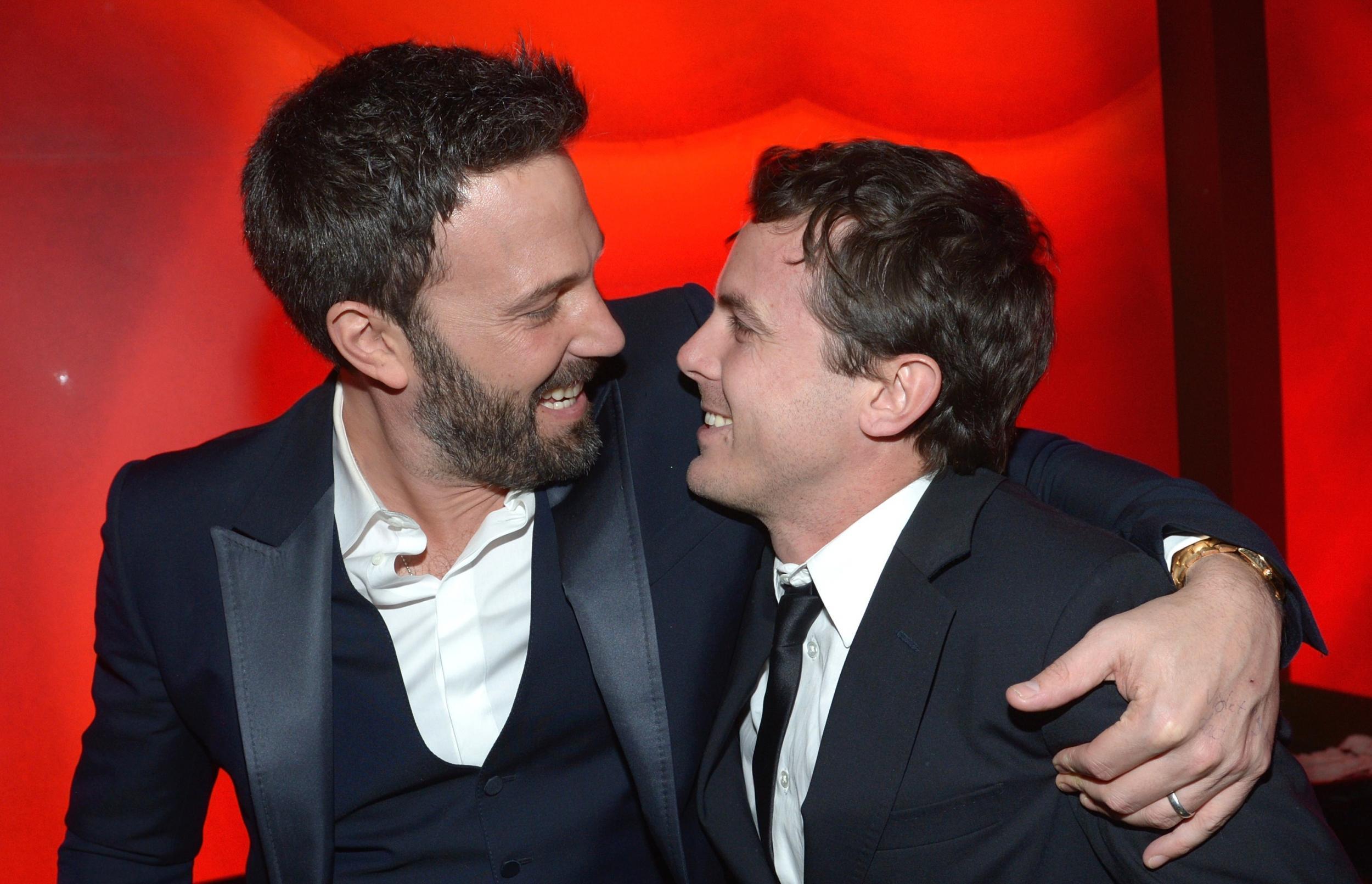 Netflix sauve le prochain JC Chandor (Margin Call, A most Violent year) et embauche les frères Affleck ! dans Films series - News de tournage ben-affleck-casey