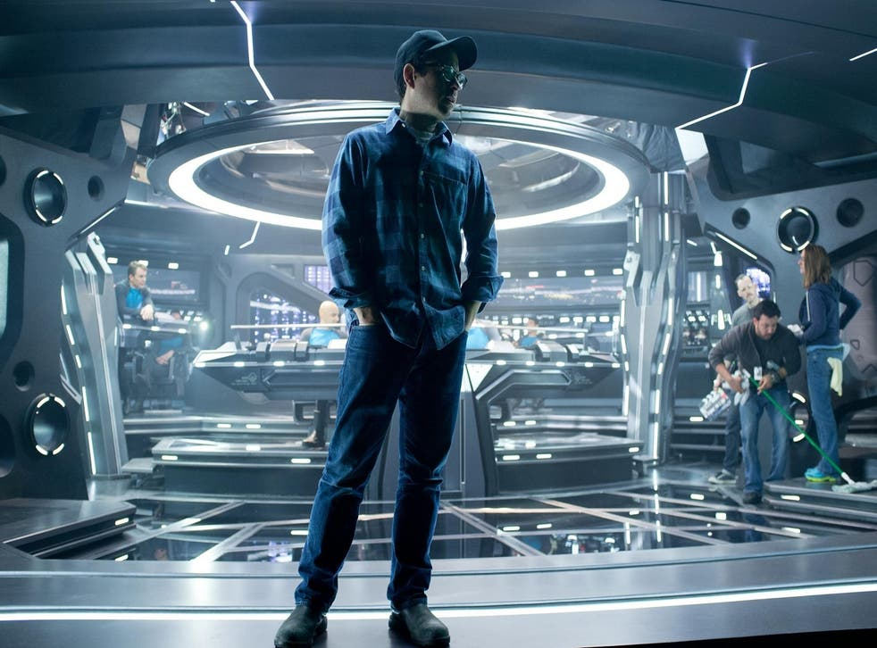 JJ Abrams on the Star Trek Into Darkness set