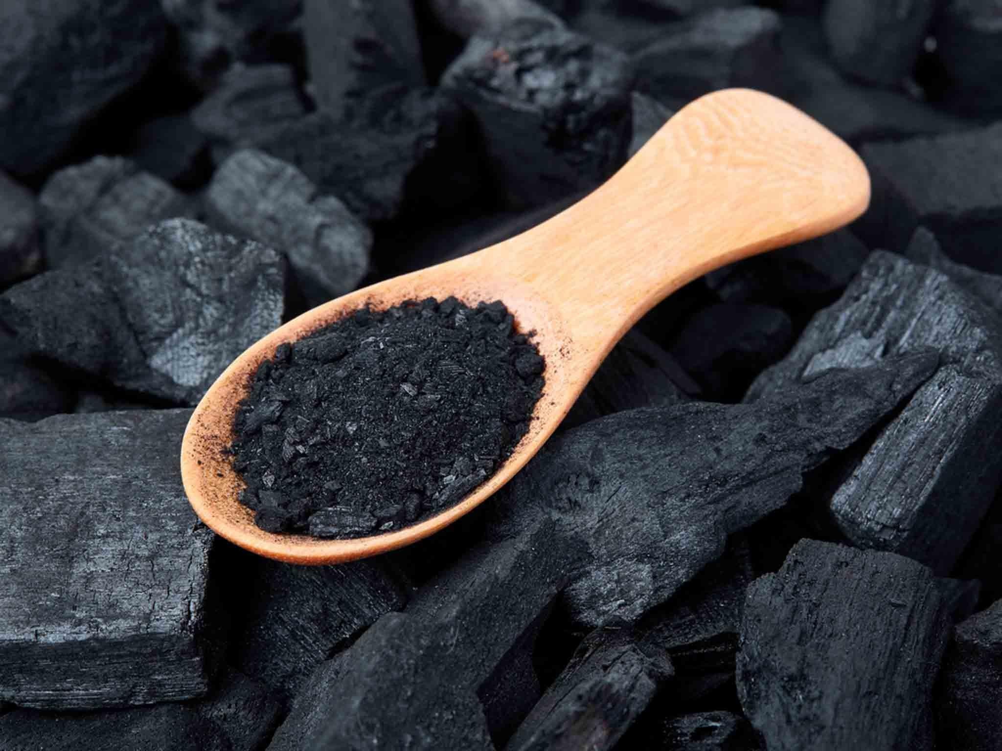 سبزه سیاه دانه Arang Aktif (actived charcoal) yang Bisa Memutihkan Gigi - seichi
