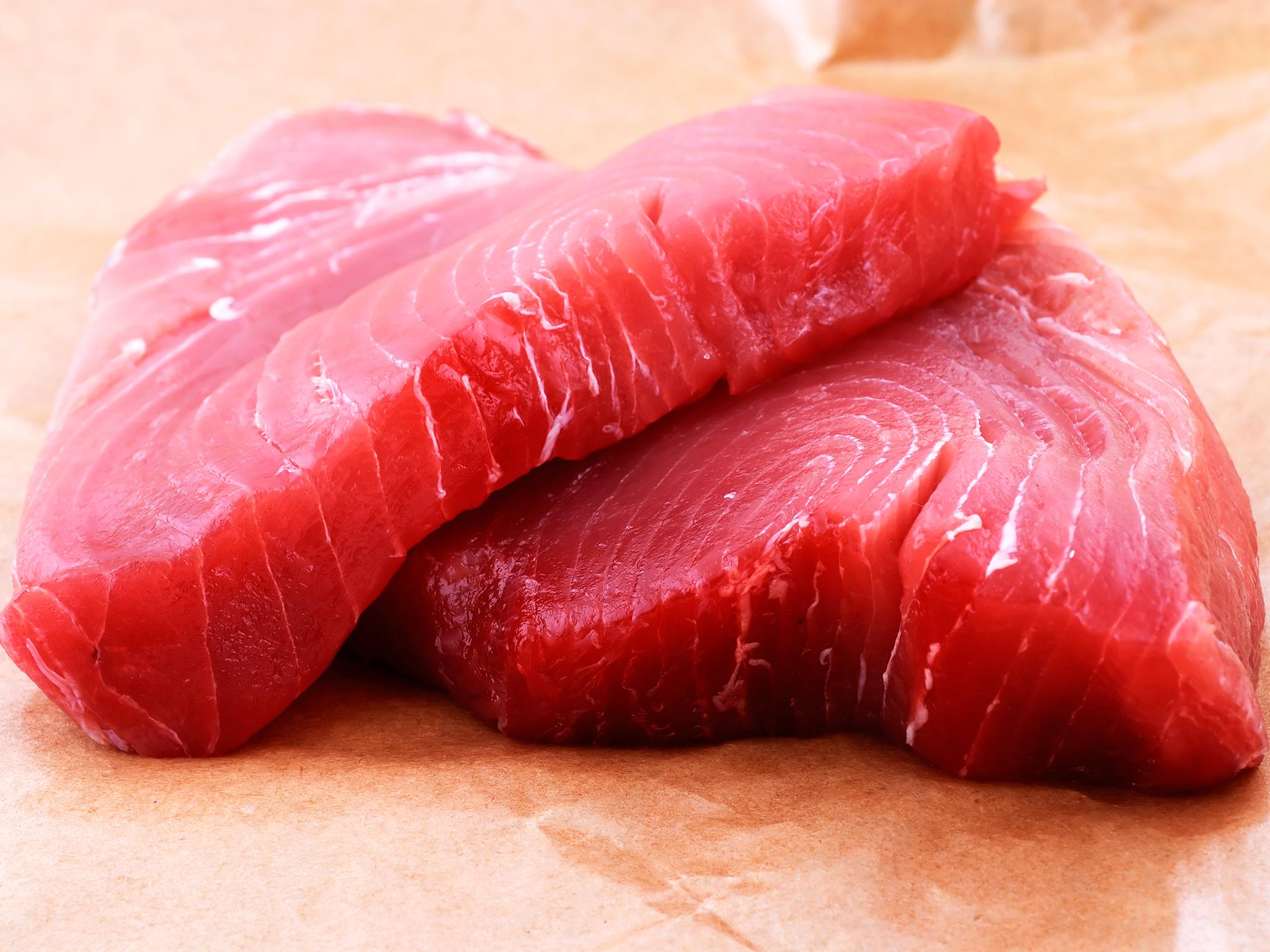 Fraudsters are dyeing cheap tuna pink and selling it on as fresh ...