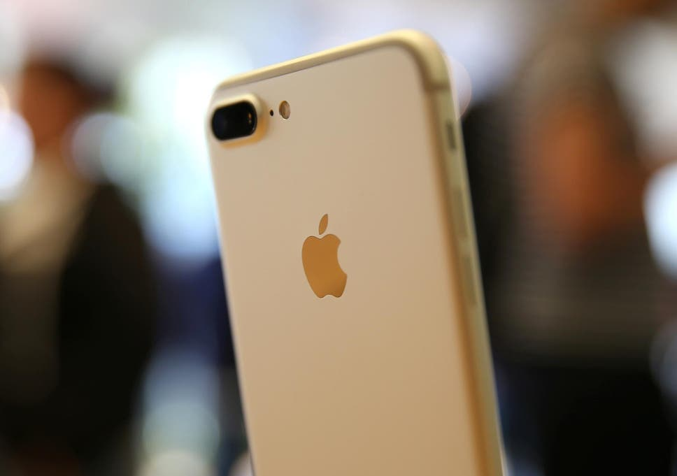 iPhone bug crashes phone with emoji | The Independent