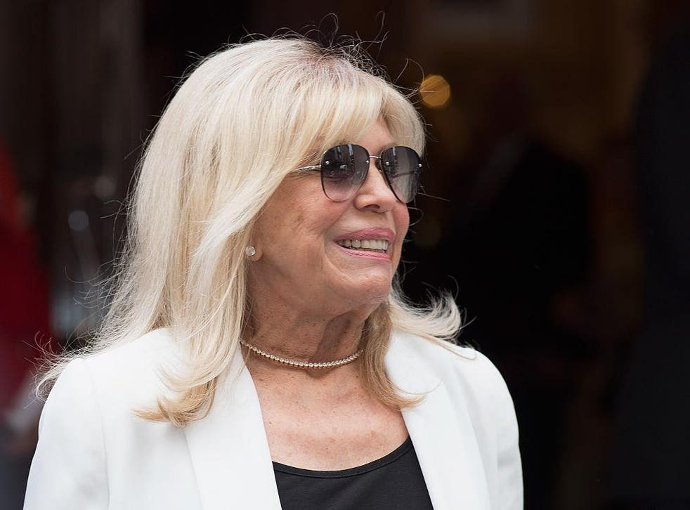 Singer Nancy Sinatra, daughter of Frank Sinatra, has reminded fans of the first line of 'My Way'