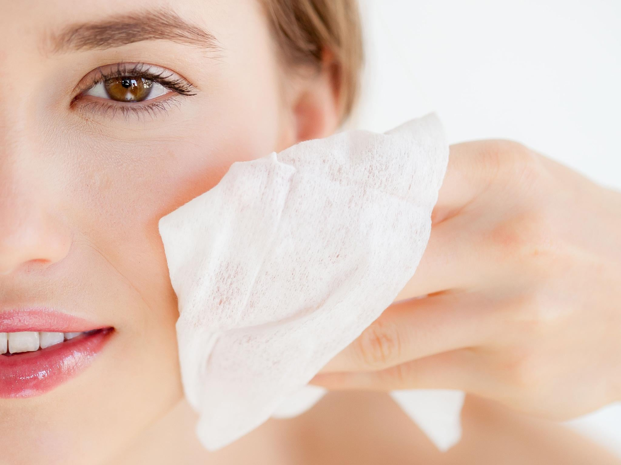 7 best biodegradable face wipes to remove your make-up