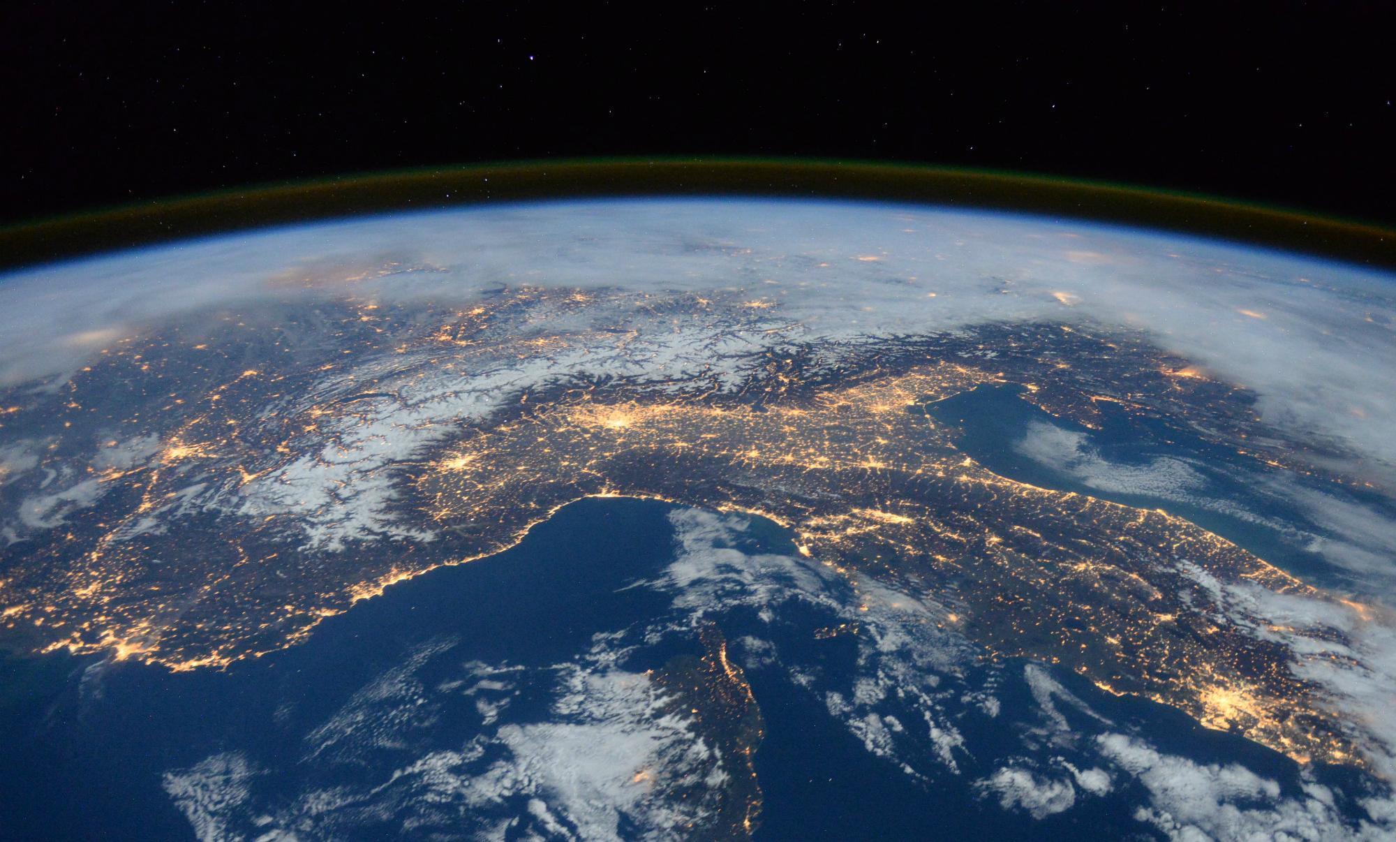 3 pohime kuranore që rezultojnë shkencërisht të vërteta Earth-from-space