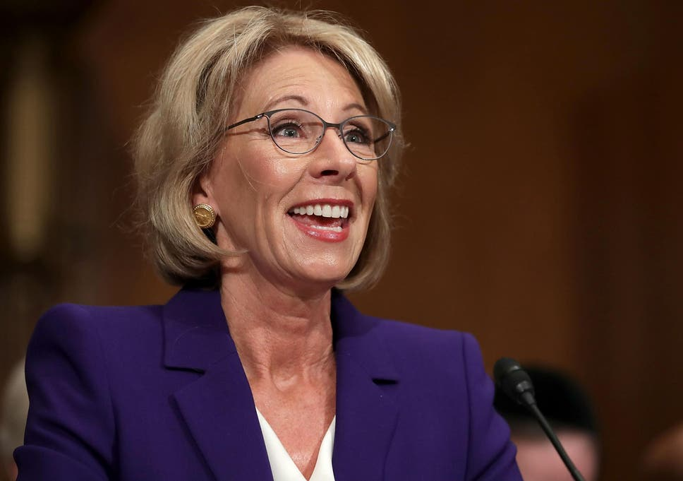 Advocates Demand Devos Protect Students >> 18 States Sue Betsy Devos For Delaying Rules Meant To Protect