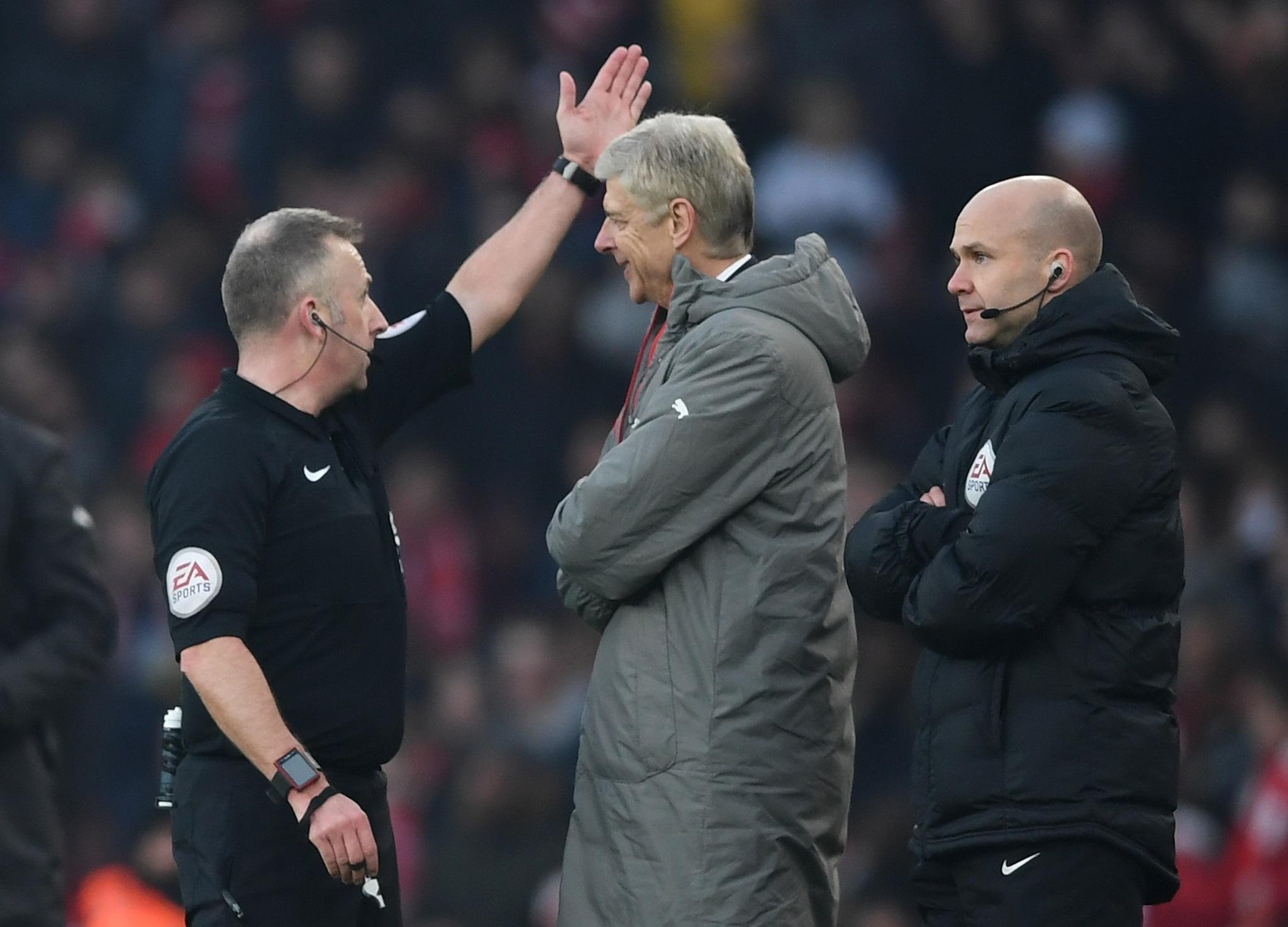 Arsene Wenger Facing Touchline Ban As Arsenal Manager Apologises For Pushing Fourth Official During Win Over Burnley The Independent The Independent