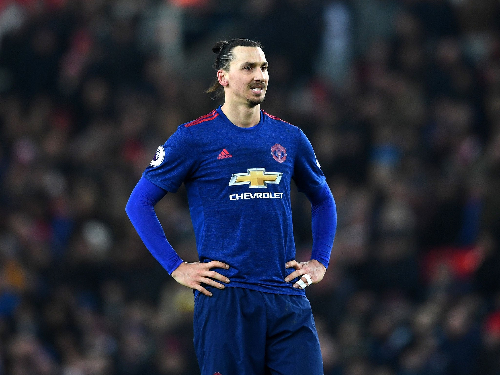 manchester united forward zlatan ibrahimovic hits out. Black Bedroom Furniture Sets. Home Design Ideas