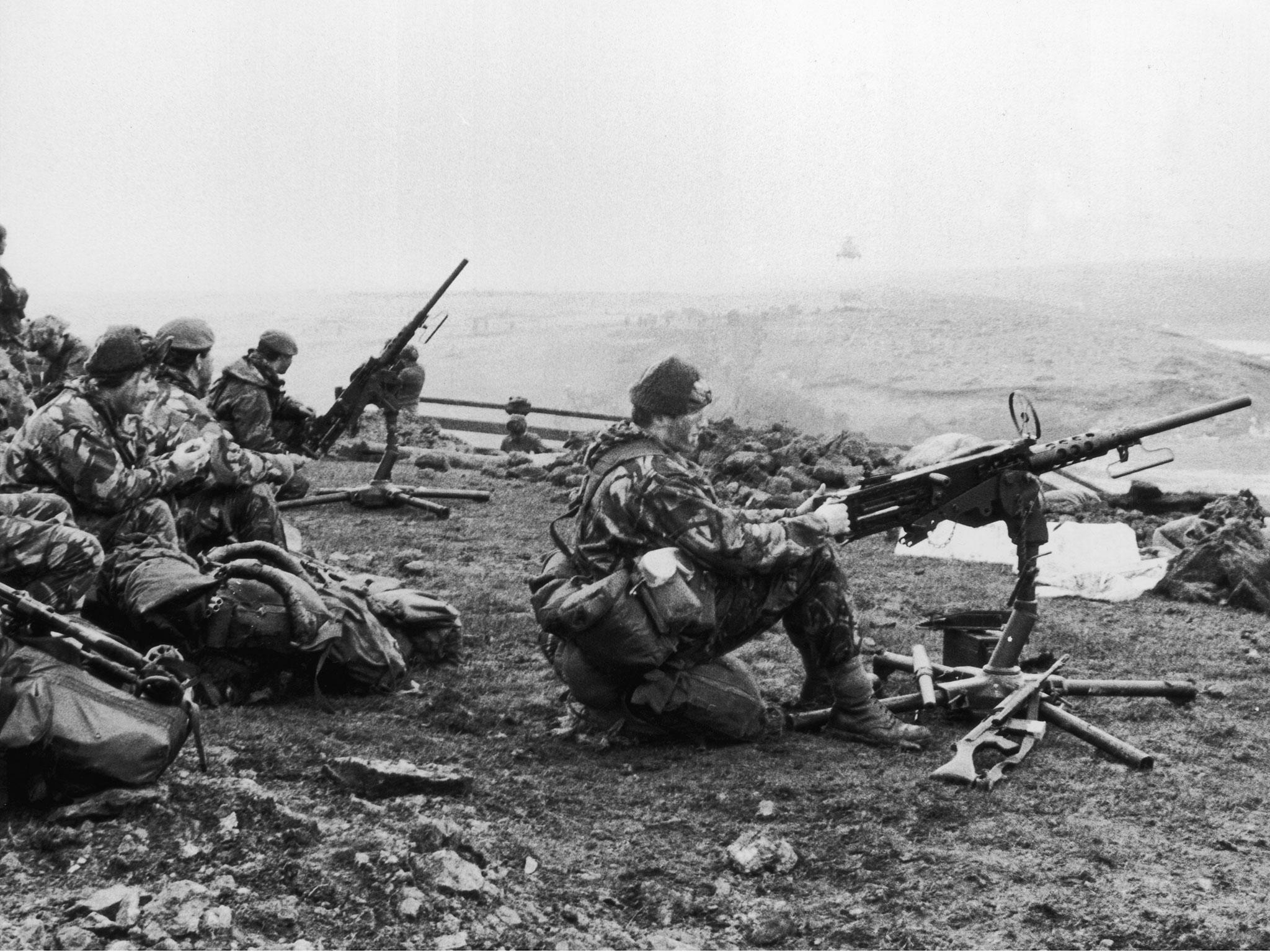What are you thinking in the steel coffin? Falkland war