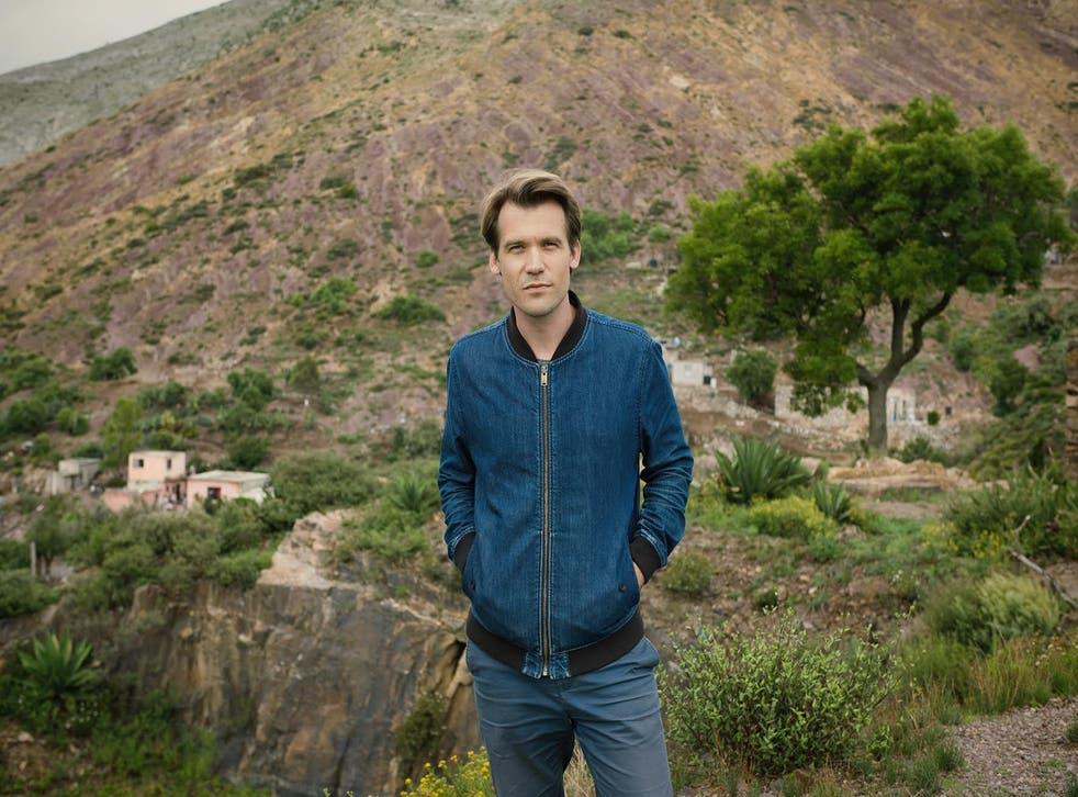 Roger Eberhard on non-standard location in Mexico