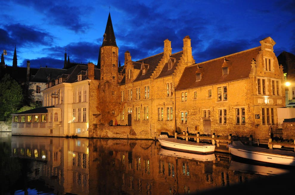 how to get to bruges from uk