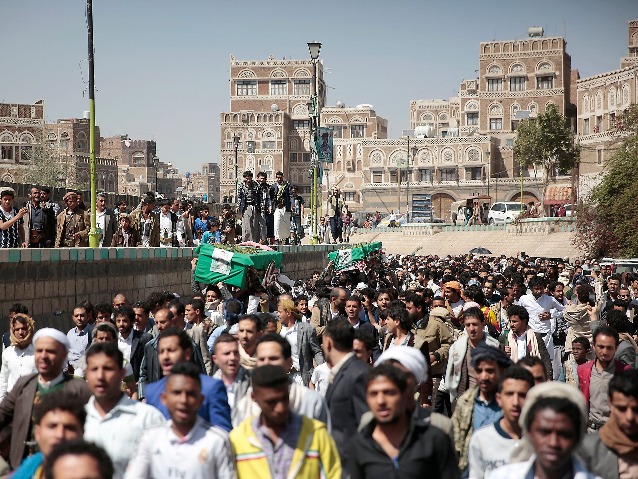 UK sales of bombs and missiles to Saudi Arabia increase by almost