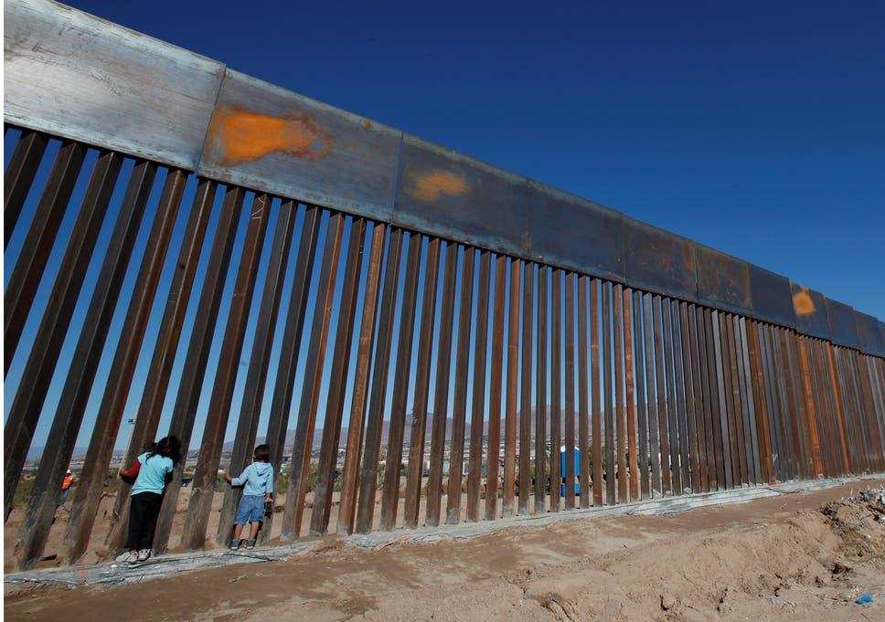 Trump's grensmuur, muur tegen de vluchtende Amerikanen na ineenstorting economie?